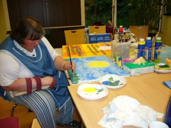 Gisela malt ihren Sonneuntergang